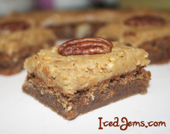 With a chewy middle and a crunchy topping, these Pecan & Peanut Butter ...