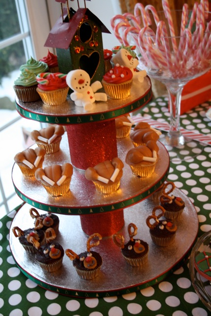 Christmascupcaketower