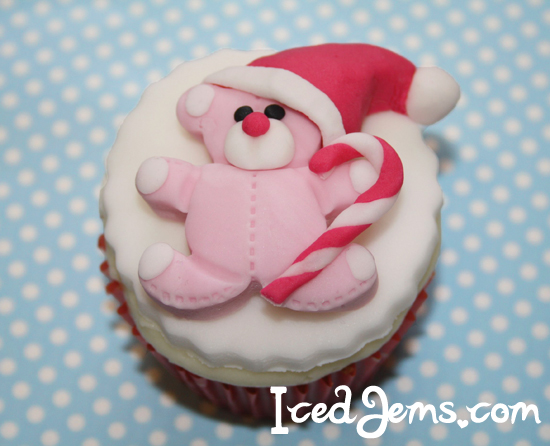 Christmas Teddy Bear Cupcake