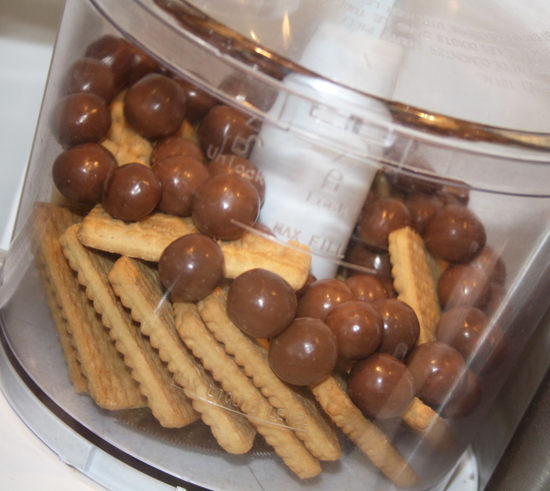 Blend Maltesers and Biscuits