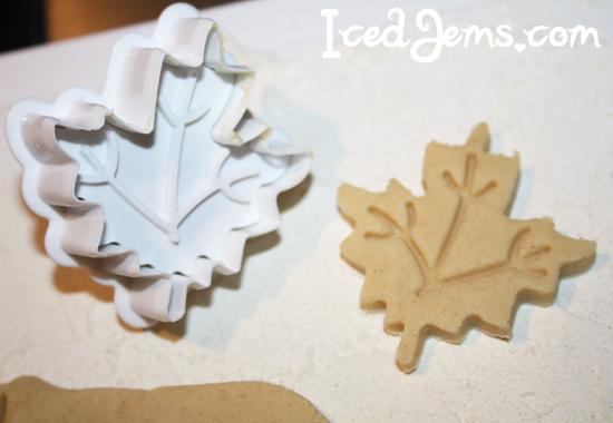 Maple Leaf Plunger Cutter