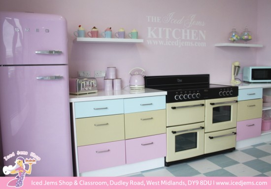 My dream 50\'s Pink Kitchen