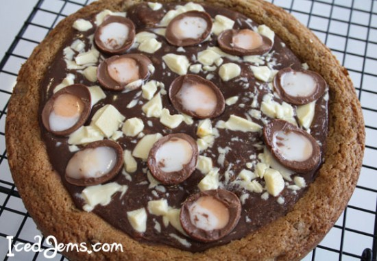 CookieDoughPizzaCremeEgg